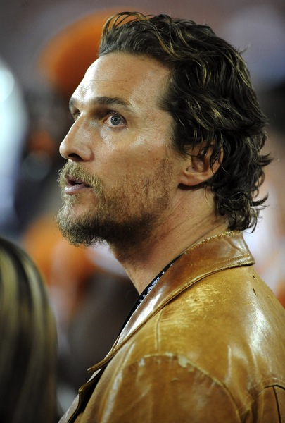 surfer frisuren matthew mcconaughey m nnerfrisuren. Black Bedroom Furniture Sets. Home Design Ideas