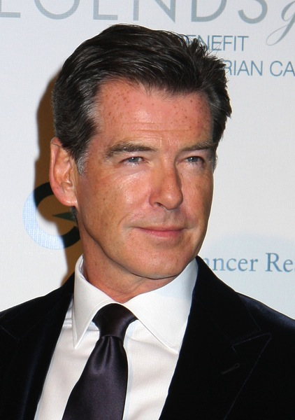 Mannerfrisuren Kurzhaar Tragt Pierce Brosnan Am Liebsten