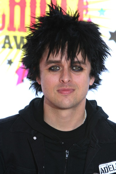 punk frisur von billie joe armstrong m nnerfrisuren. Black Bedroom Furniture Sets. Home Design Ideas