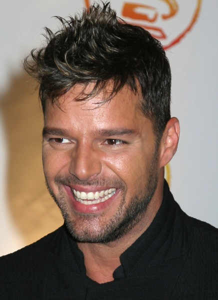 freche Kurzhaarfrisur - Ricky Martin