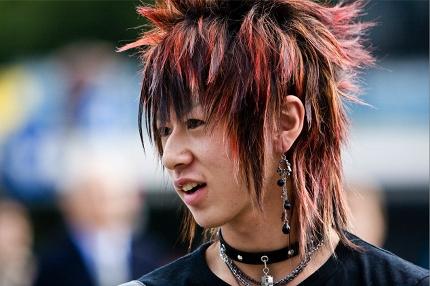 Emo Boy Frisuren Japanische Mannerfrisuren Mannerfrisuren