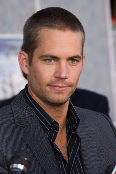 kurzhaarfrisuren mann paul walker tr gt sie m nnerfrisuren. Black Bedroom Furniture Sets. Home Design Ideas